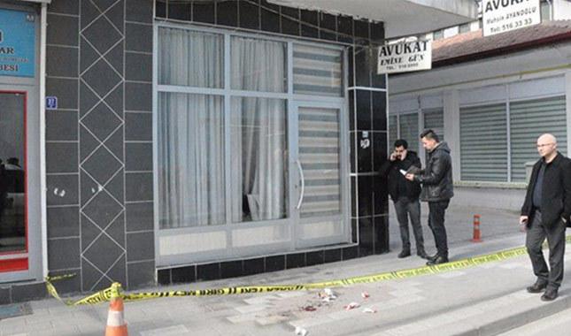 Şehidin maaşına haciz gönderen avukatın bürosu yakıldı