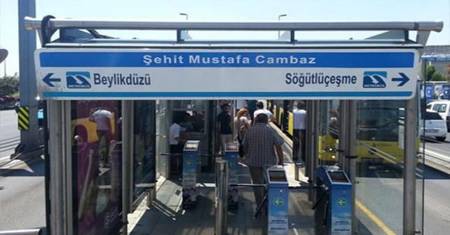Şehit gazetecinin adı metrobüs durağına verildi