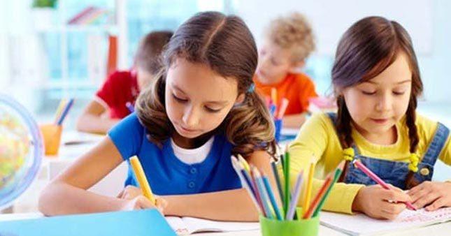 Sınıf Öğretmeni Engin Güler velileri uyardı: teşvik etmeliyiz