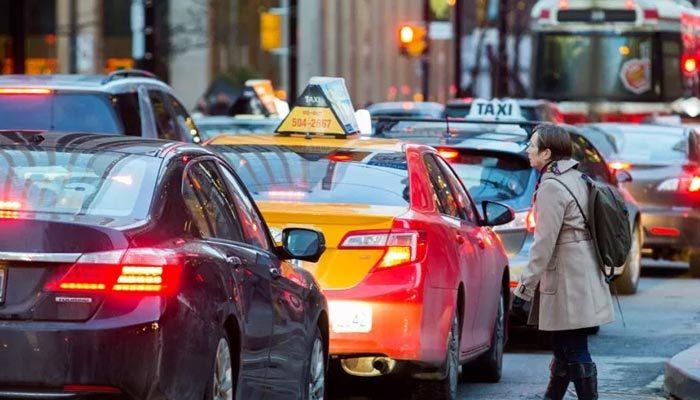 Sürücülerin aşırı kibarlığı, trafik kazalarını artırdı
