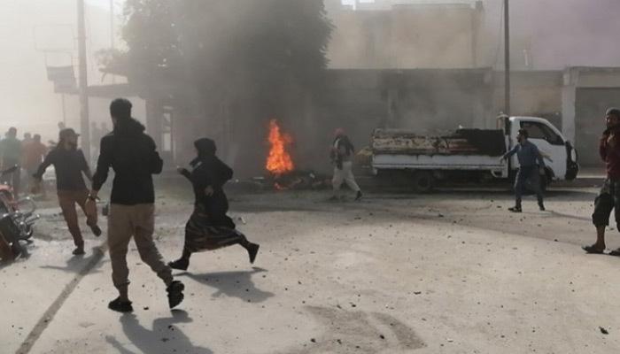 Teröristler sivillere saldırdı!