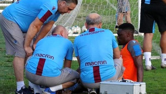 Trabzonspor'da Ekuban sakatlandı!