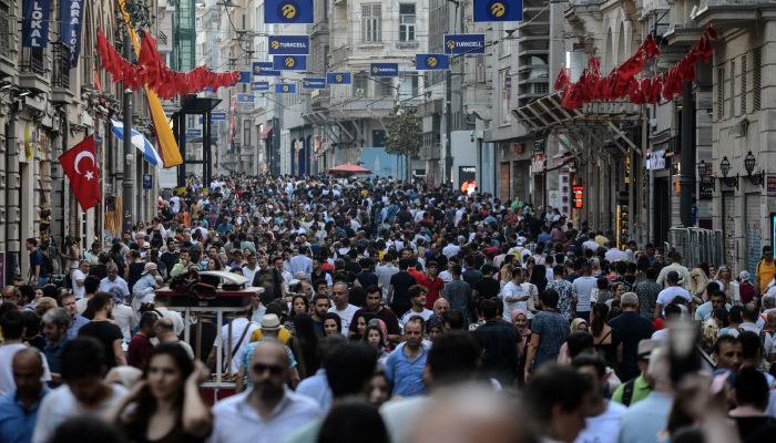 Türkiye nüfusu hızla yaşlanıyor!