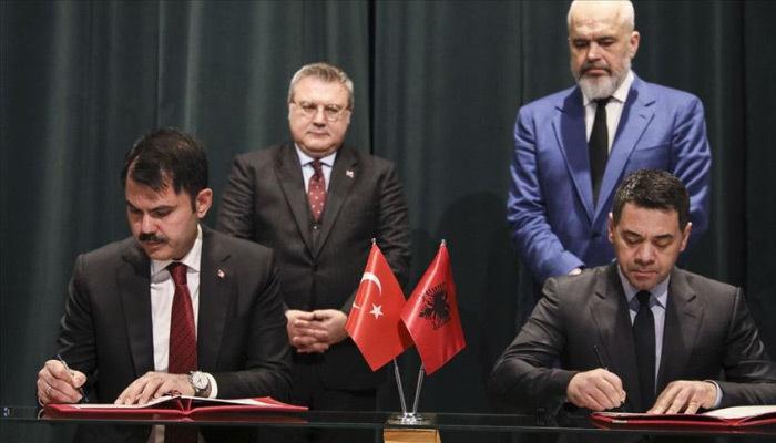 Türkiye ve Arnavutluk arasında 500 konut anlaşması