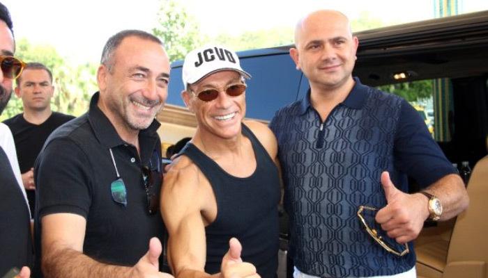 Türkiye'ye gelen Van Damme'ın isteği şaşırttı!