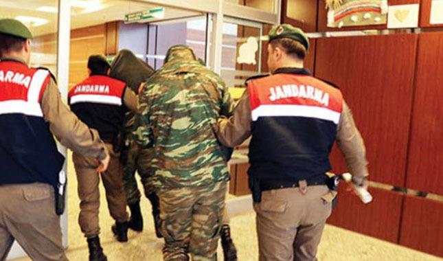 Tutuklu bulunan 2 Yunan askeri serbest bırakıldı