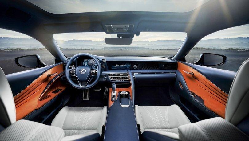 Üstü Açılan Otomobil Lexus LC 500 Convertible Türkiye'de