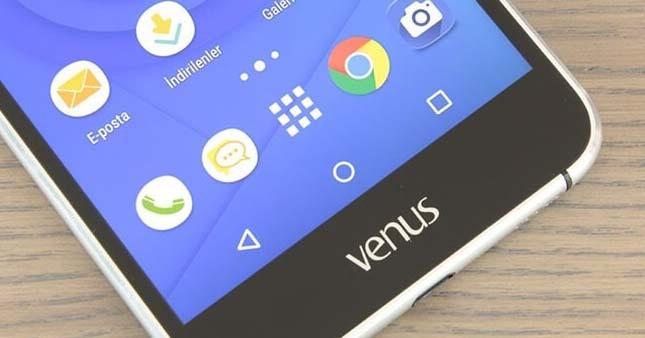 Vestel Venus V3 5580 aileye katıldı!