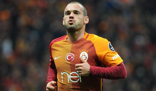 Wesley Sneijder, Galatasaray için geliyor