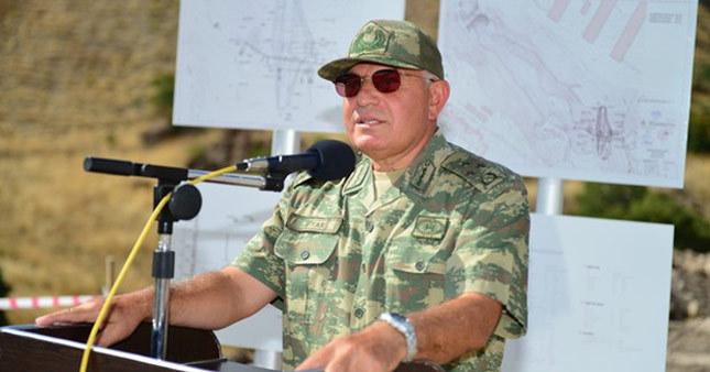 YAŞ öncesi 2 general istifa etti