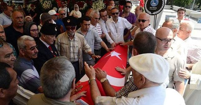 Yaşar Nuri Öztürk ebediyete uğurlandı