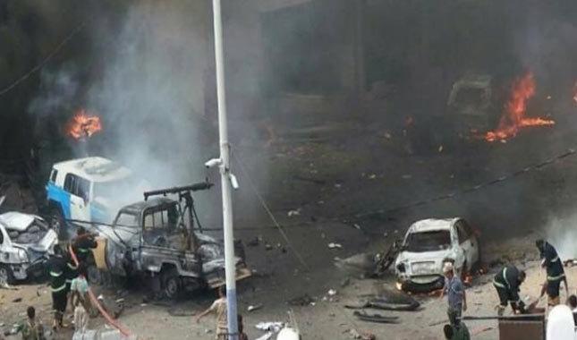 Yemen'de askeri üsse bombalı saldırı
