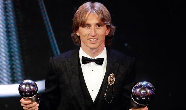 Yılın futbolcusu seçilen Luka Modric kimdir kaç yaşında nereli oynadığı takımlar kariyeri