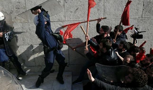 Yunanistan'da ortalık yine karıştı!
