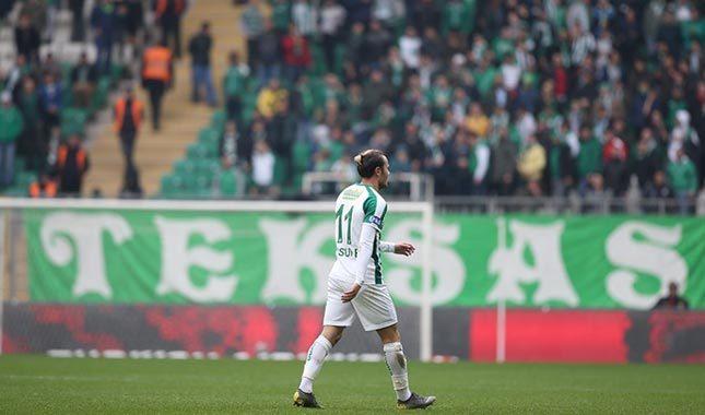 Yusuf Erdoğan sahayı terk etti