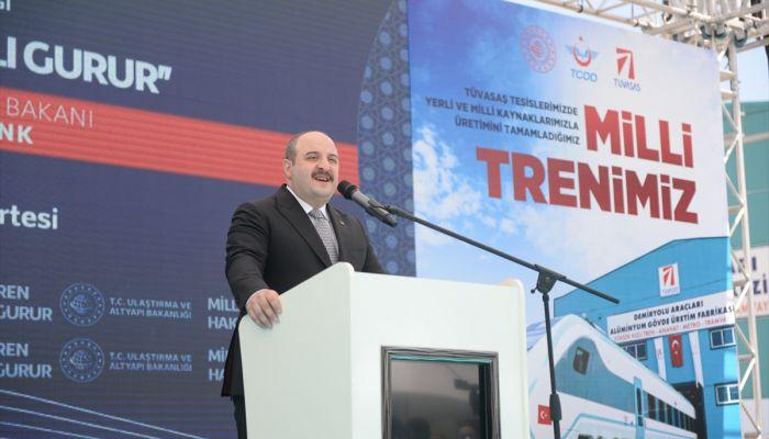 """Sanayi ve Teknoloji Bakanı Mustafa Varank: """"(Milli elektrikli tren) Fabrika testlerinin ardından ağustos sonunda yol testlerine geçilecek."""""""