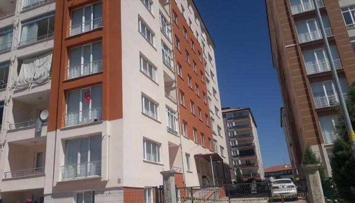 Konya'da bir apartman karantinaya alındı