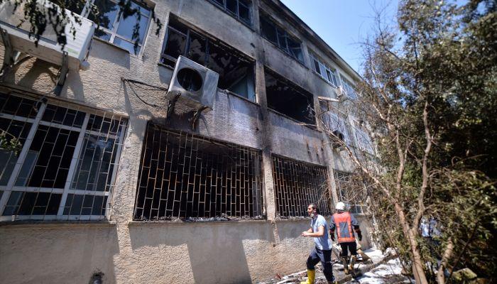 Mersin'de lisenin kimya laboratuvarındaki patlamada 2 öğretmen yaralandı