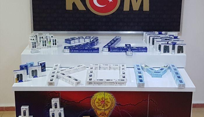 Erzincan'da 568 kaçak cep telefonu ele geçirildi
