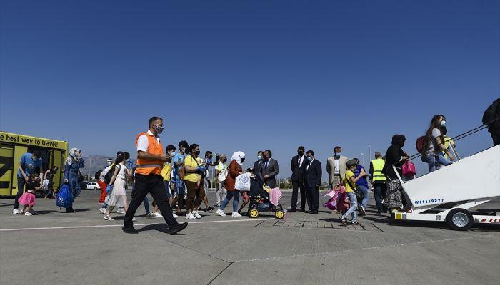 """Yunanistan'daki 134 Iraklı sığınmacı """"gönüllü dönüş"""" kapsamında ülkelerine gönderildi"""