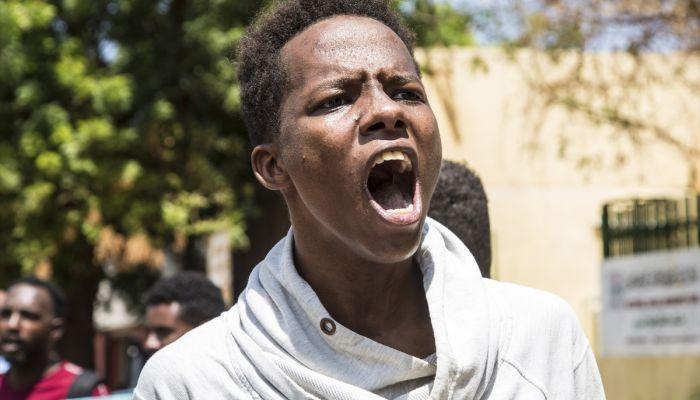 Sudanlılar etnik çatışmaların sonlandırılması için hükümete çağrı yaptı