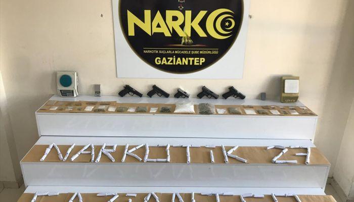 """Gaziantep'te """"torbacı"""" operasyonunda 17 şüpheli yakalandı"""