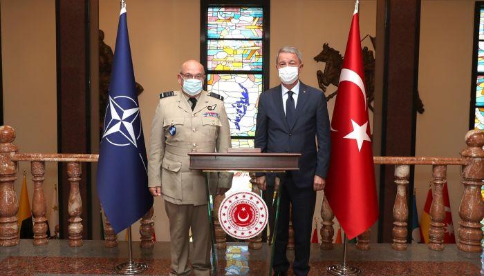 Milli Savunma Bakanı Hulusi Akar, NATO Askeri Komite Başkanı Orgeneral Stuart Peach ile görüştü.