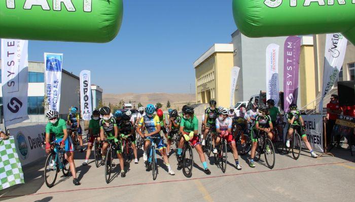 Erciyes Uluslararası Yol ve Dağ Bisikleti Yarışları devam ediyor