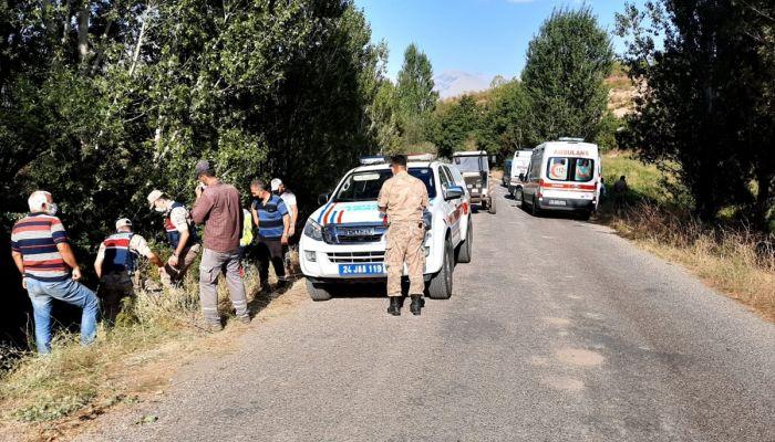 Erzincan'da tarım aracı devrildi, 7 kişi yaralandı