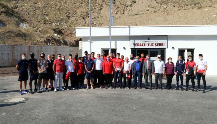 Türkiye ve İngiltere Boks Milli Takımı yerin 150 metre altında antrenman yaptı