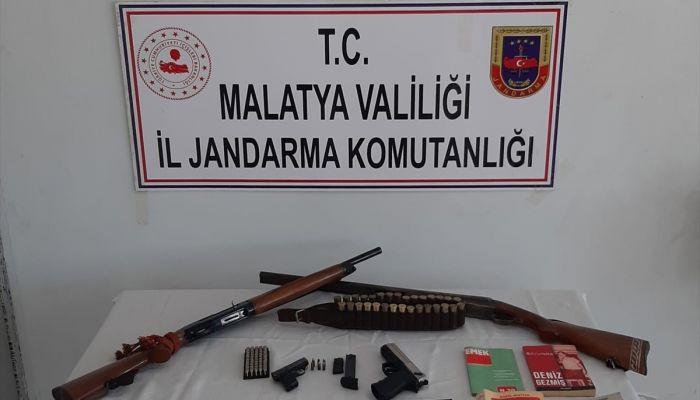 Malatya'da sosyal medyadan terör örgütü propagandası yapan 4 şüpheli yakalandı