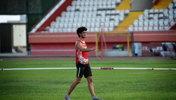 """Rekortmen atlet Ersu Şaşma'nın hedefi Tokya'da """"tarih yazmak"""""""