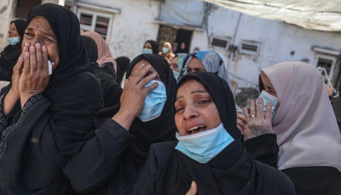 Mısır ordusunca öldürülen Filistinli balıkçılar defnedildi