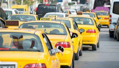 İstanbul'da minibüsçüler taksi plakası istiyor