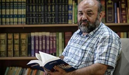 Muhalif ilahiyatçıya kitap fuarında saldırı (İhsan Eliaçık kimdir neden saldırıya uğradı?)