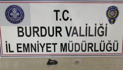 Burdur'da uyuşturucu operasyonunda 2 kişi tutuklandı