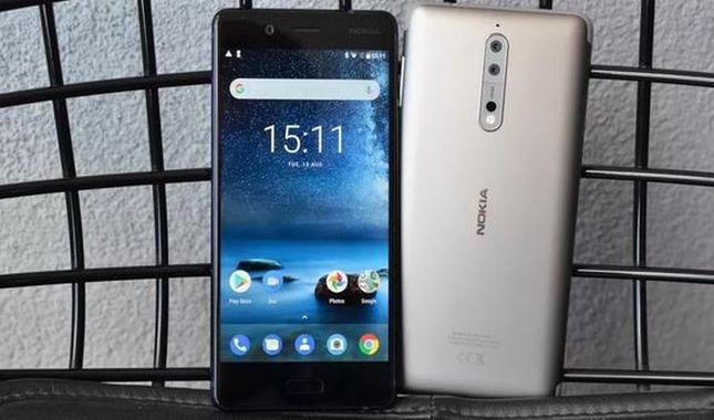 Nokia yeni özelliği ile Selfie'nin ipini çekti!