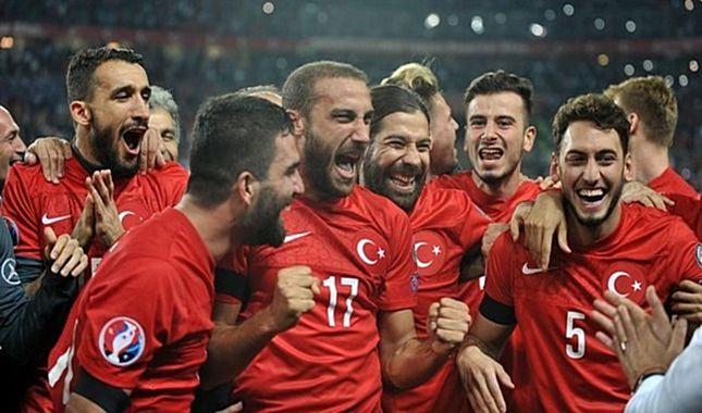 Türkiye galibiyete kitlendi! Türkiye İzlanda maçı ne zaman? hangi Kanalda? Kadrolar açıklandı mı?