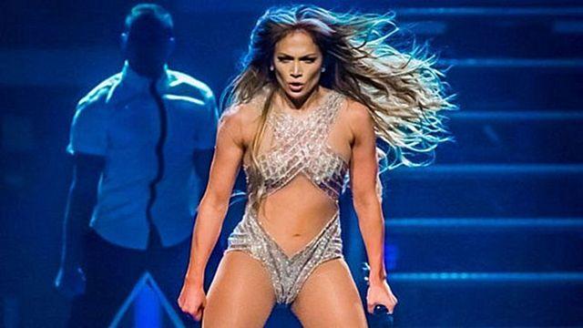 Jennifer Lopez'den şaşırtan çıplaklık itirafı!
