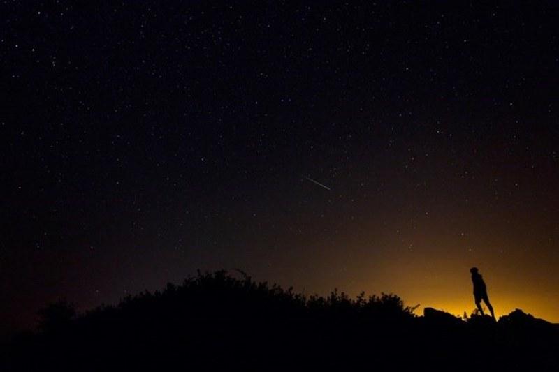 Orionid meteor yağmuru nedir? Orionid meteor yağmuru Türkiye'de nasıl izlenir? Orionid meteor yağmurunun fotoğraflarını çekmenin püf noktaları... A24