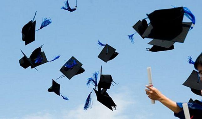 Ünlü isimler hangi bölümlerden mezun oldu? A24