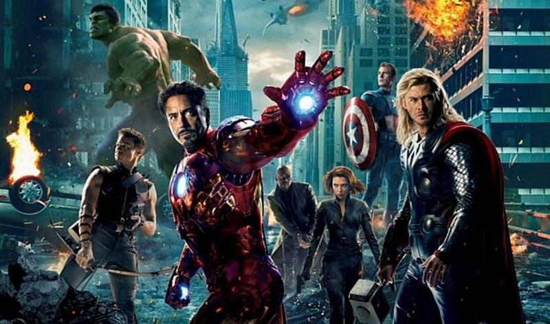 Süper kahramanların kostümsüz halleri