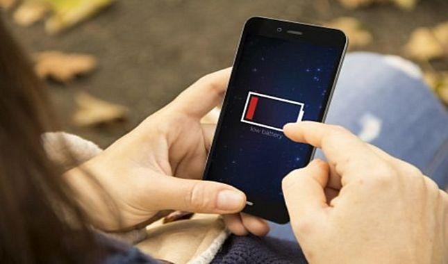 Telefonlarımızın şarjını jet hızında bitiren 28 Uygulama! A24
