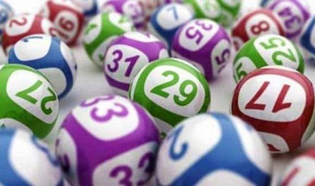 Lotoyu tutturmanızdan daha olası 10 şey A24