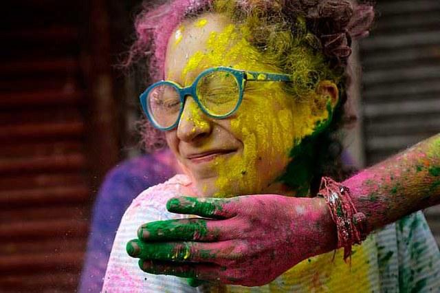 Renkleri festivali 'Holi' Nepal'de kutlandı A24