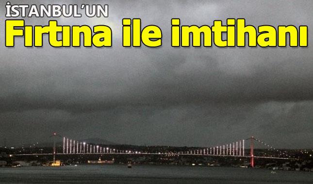 İstanbul'da gökyüzünü kara bulutlar kapladı A24