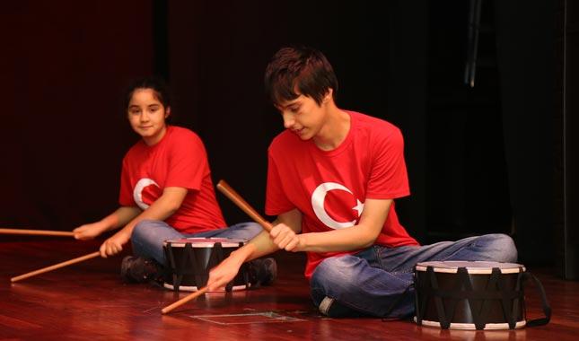 Engelli çocuklardan göz dolduran performans